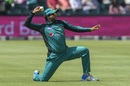 Imam-ul-Haq has a shy at the stumps, South Africa v Pakistan, 4th ODI, Johannesburg, January 27, 2019