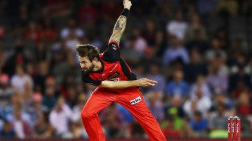 Kane Richardson in his bowling stride