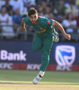 Usman Shinwari goes through his follow through, South Africa v Pakistan, 1st T20I, Cape Town, February 1, 2019