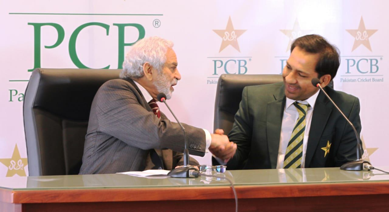 Sarfraz to Captain Pakistan in Cricket World Cup Despite Latest Controversy