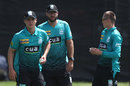 Daniel Vettori (centre) during Brisbane Heat training