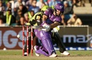 Matthew Wade sweeps to the leg side, Hobart Hurricanes v Sydney Thunder, BBL08, Canberra, February 9, 2019