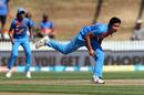Mansi Joshi in her follow through, New Zealand v India, 3rd T20I, Hamilton, February 10, 2019