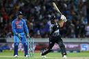 Colin de Grandhomme muscles one over deep midwicket, New Zealand v India, 3rd T20I, Hamilton, February 10, 2019