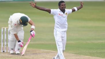 Vishwa Fernando traps Faf du Plessis lbw