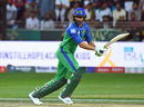 Shoaib Malik sets off for a run, Karachi Kings v Multan Sultans, PSL 2019, Dubai, February 15, 2019