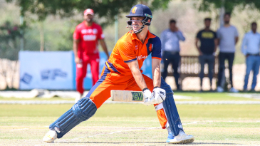 Ryan ten Doeschate uses the back of his blade to hit a reverse sweep for four