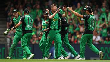 Melbourne Stars celebrate after Jackson Bird's wicket