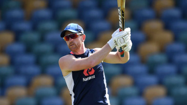 Paul Collingwood oversees a training drill
