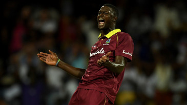Jason Holder struck twice in an over