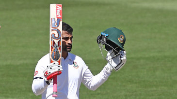 Tamim Iqbal reached his hundred from 100 balls