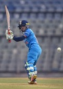 Punam Raut plays a glance, India v England, 3rd women's ODI, Mumbai, February 28, 2019