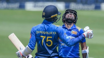 Dhananjaya de Silva congratulates Kusal Mendis on getting to his half-century