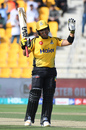 Kamran Akmal acknowledges the applause, Peshawar Zalmi v Quetta Gladiators, Pakistan Super League 2019, Abu Dhabi, March 4, 2019