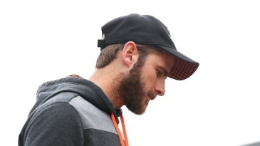 Kane Williamson hurt his shoulder on the third morning of the Wellington Test