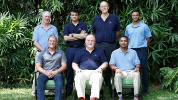Tim May, Sourav Ganguly, Vince van der Bijl, Shakib Al Hasan (standing), Shane Warne, Mike Gatting and Kumar Sangakkara (sitting) at the MCC World Committee meeting