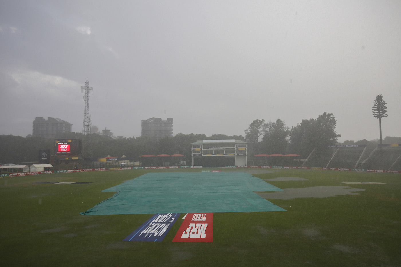 The rain came down when Scotland were 125 for 5, in the 36th over, chasing 199