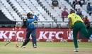 Andile Phehlukwayo bowls Angelo Perera, South Africa v Sri Lanka, 1st T20I, Cape Town, March 19, 2019