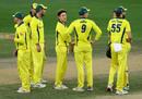 Adam Zampa and his Australian team-mates look on after dismissing Shan Masood, 5th ODI, Pakistan v Australia, Dubai International Stadium, March 31, 2019