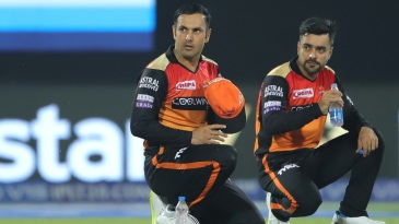 Mohammad Nabi and Rashid Khan plot an opponent's downfall
