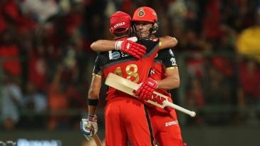 Virat Kohli and AB de Villiers put up a big partnership