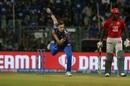Jason Behrendorff kept the batsmen quiet in his first two overs, Mumbai Indians v Kings XI Punjab, IPL 2019, Mumbai, April 10, 2019