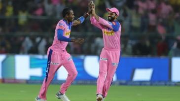 Jofra Archer and Ajinkya Rahane celebrate a wicket