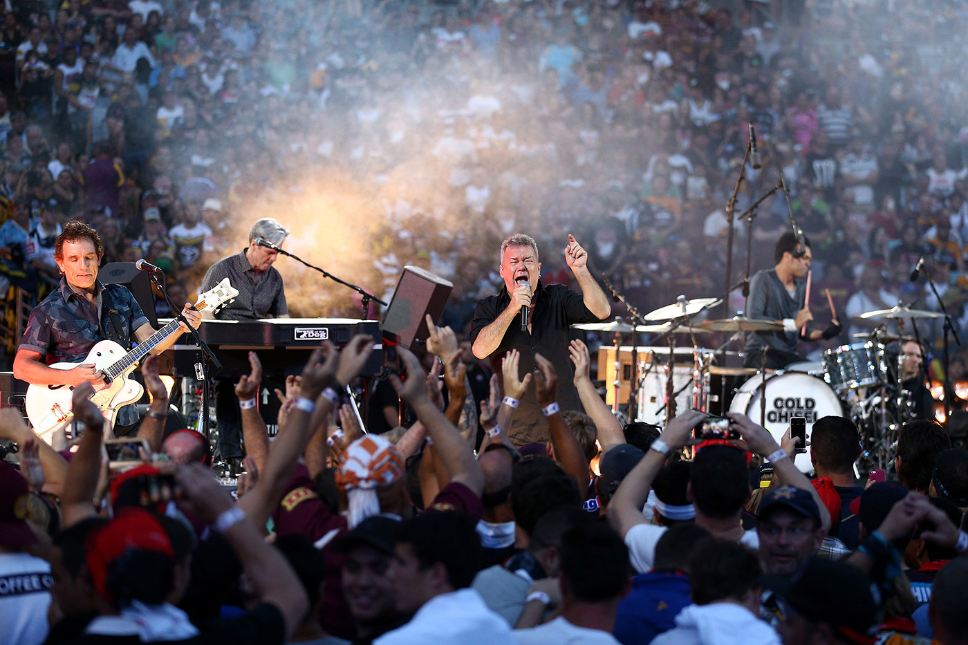If you're Aussie and you know it, shout: Jimmy Barnes and Cold Chisel at a concert ahead of the NRL Grand Final in 2015