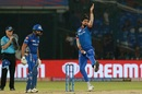Ishant Sharma bowls as Rohit Sharma looks on, Delhi Capitals v Mumbai Indians, IPL 2019, Delhi, April 18, 2019