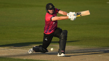 Luke Wright stretches out to drive