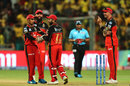 RCB players gather around Parthiv Patel after he ran out Shardul Thakur, Royal Challengers Bangalore v Chennai Super Kings, IPL 2019, Bengaluru, April 21, 2019