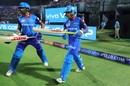 Shikhar Dhawan and Prithvi Shaw walk out to begin Delhi's chase, Rajasthan Royals v Delhi Capitals, IPL 2019, Jaipur, April 22, 2019