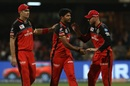 Tim Southee and AB de Villiers congratulate Umesh Yadav, Royal Challengers Bangalore v Kings XI Punjab, IPL 2019, Bengaluru, April 24, 2019
