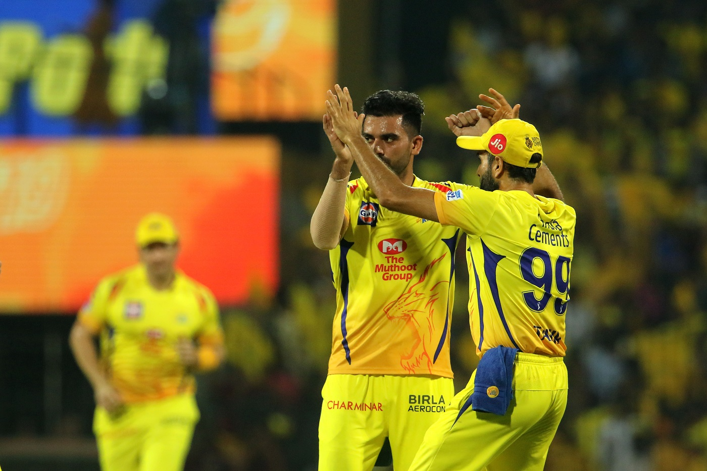 IPL 2019: Watch - Chennai Super Kings Feel the Absence of MS Dhoni, Fails to Recognise a Faint Edge