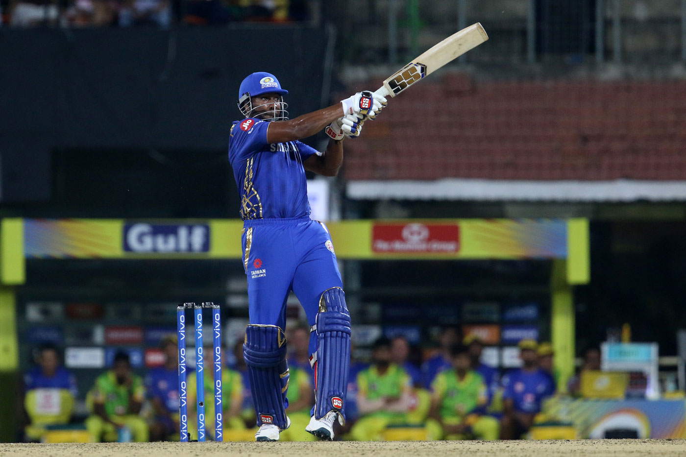 In 2009, after a fierce bidding war, Pollard was sold to the Mumbai Indians for $ 750,000 in the third IPL auction. He has been with them since