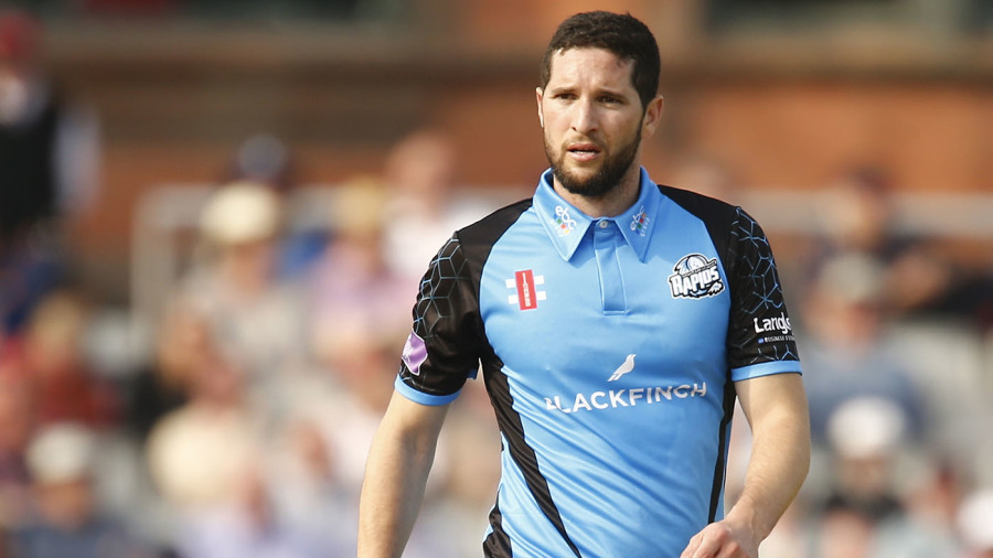 Wayne Parnell five-for sets up comfortable Worcestershire win