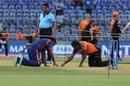 Mahela Jayawardene and Muttiah Muralitharan inspect the pitch, Mumbai Indians v Sunrisers Hyderabad, IPL 2019, Mumbai, May 2, 2019