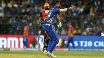 Krunal Pandya appeals for lbw