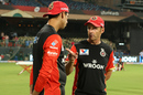 Coaches Gary Kirsten and Ashish Nehra have a chat, Royal Challengers Bangalore v Kolkata Knight Riders, IPL 2019, Bengaluru, April 5, 2019