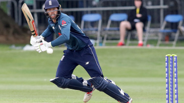 Ben Foakes steers into the leg side