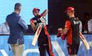 Kevin Pietersen, Virat Kohli and AB de Villiers in a chat, Royal Challengers Bangalore v Sunrisers Hyderabad, IPL 2019, Bengaluru, May 4, 2019