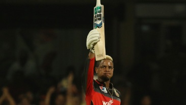 Shimron Hetmyer celebrates his half-century