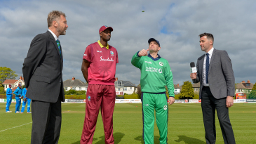 William Porterfield tosses, Jason Holder calls