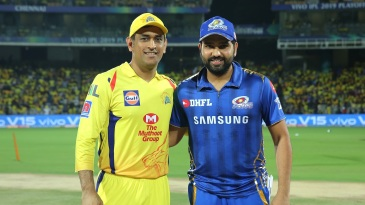 MS Dhoni and Rohit Sharma get together before Qualifier 1