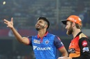 Shreyas Iyer and Kane Williamson at the toss, Delhi Capitals v Sunrisers Hyderabad, IPL 2019 Eliminator, Vishakhapatnam, May 8, 2019
