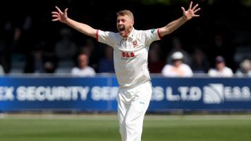 Jamie Porter claimed a four-wicket haul