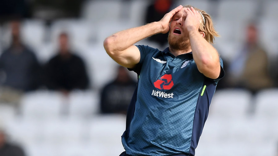 David Willey reacts to a near-miss