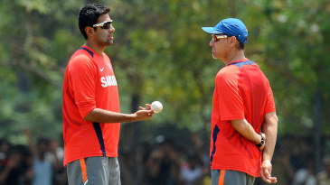 In cricket as in war: Upton discusses battle strategies with R Ashwin during the 2011 World Cup