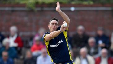 Kyle Abbott of Hampshire bowls