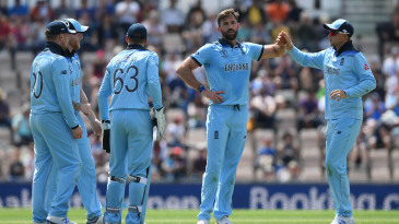 Liam Plunkett celebrates a wicket with his teammates, England v Australia, World Cup warm-up, Southampton, May 25, 2019